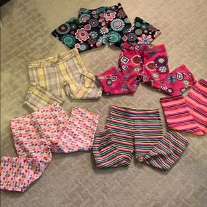 Other - Girl's Lot of 5  leggings & 1 Capri Size 2/24m